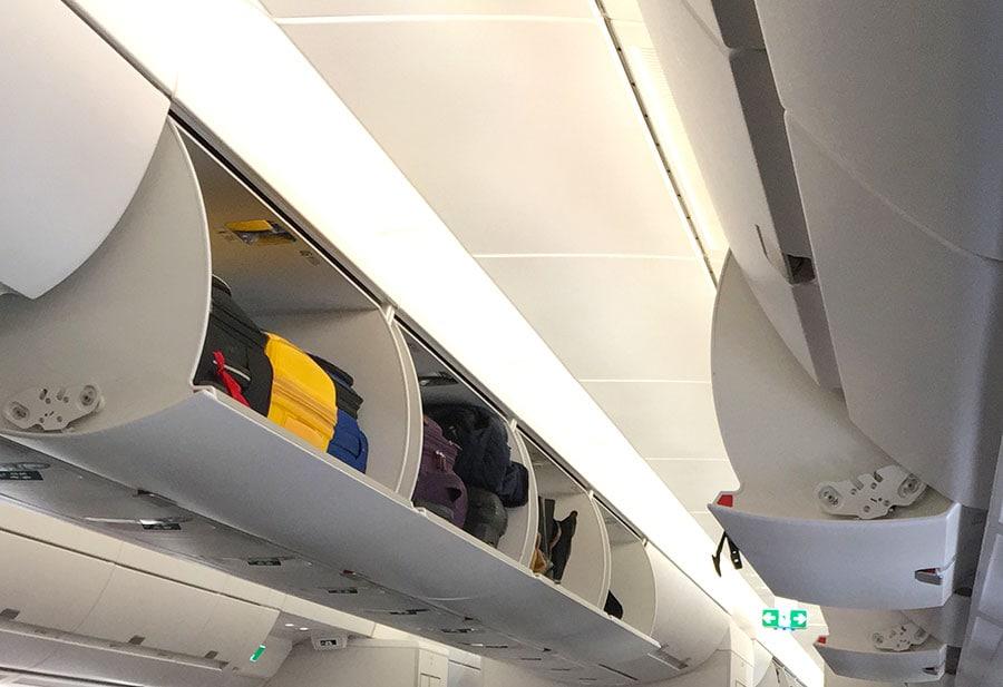 Equipaje de mano en el avión