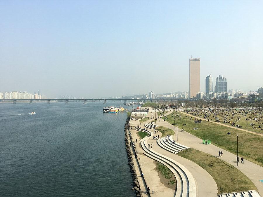 Río Han en Seúl y parque Yeouido