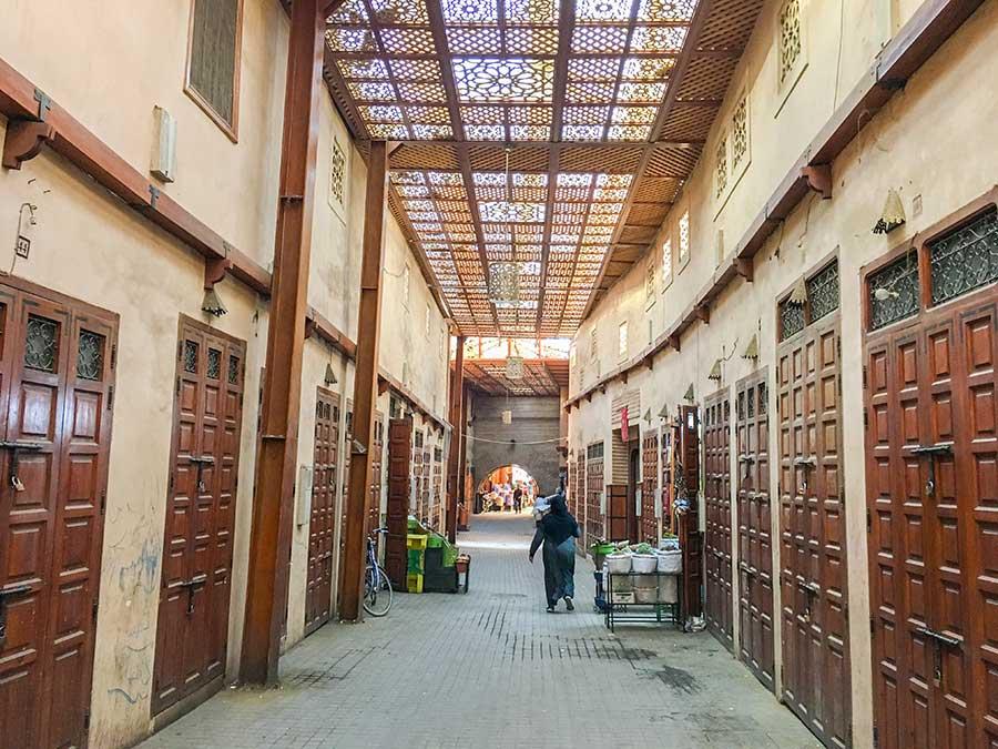 Calle en el barrio judío de El Mellah en Marrakech