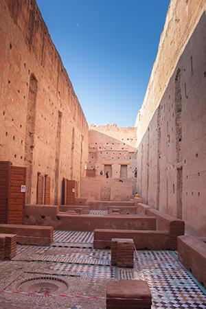 Interior de la muralla del palacio El Badii