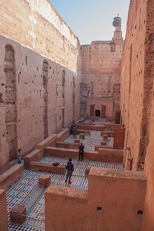 ruinas de la muralla del palacio El Badii