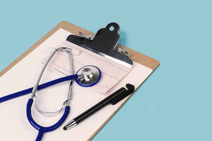 Reconocimiento médico para azafata de vuelo