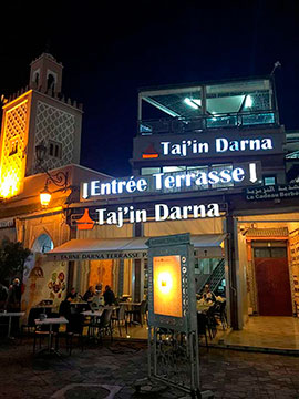 Restaurante Tajin Darna en la plaza Jemaa el Fna