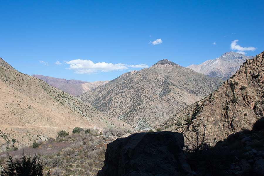 Vistas desde el valle de Ourika a los montes Atlas