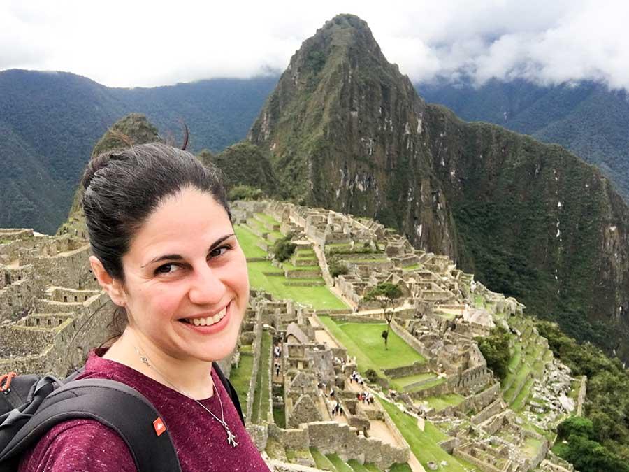 Yo con la ciudadela de Machu Picchu de fondo