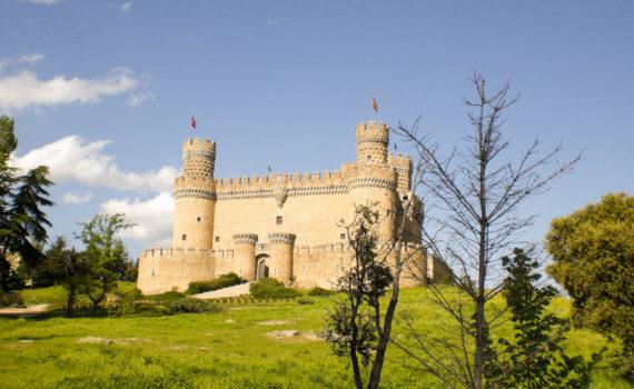 foto para el post de Visitar el castillo de Manzanares el Real